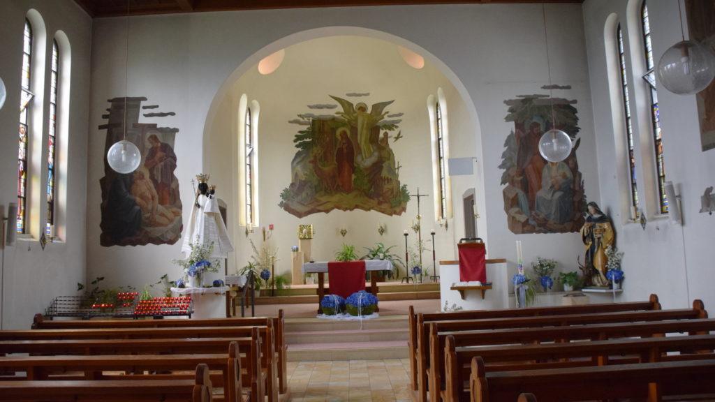 Kirche mit dem Altarbild von Idda
