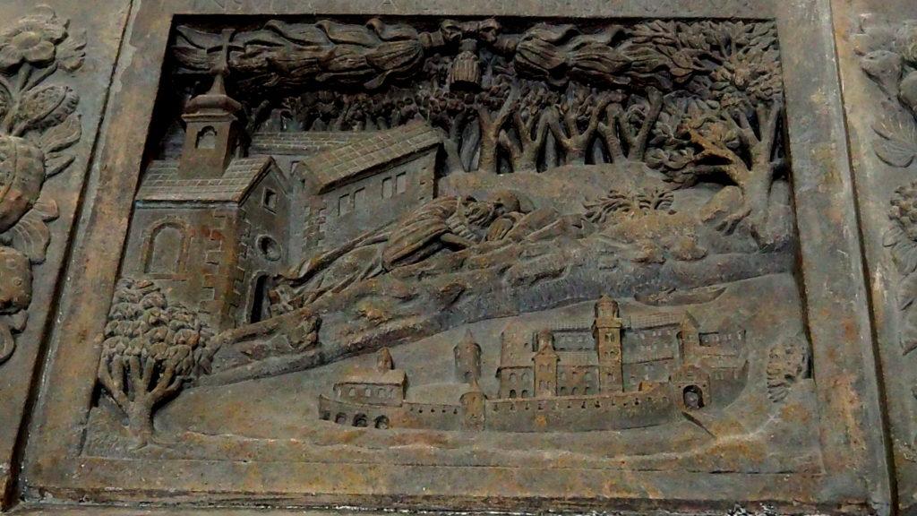 Detail auf dem Sarg