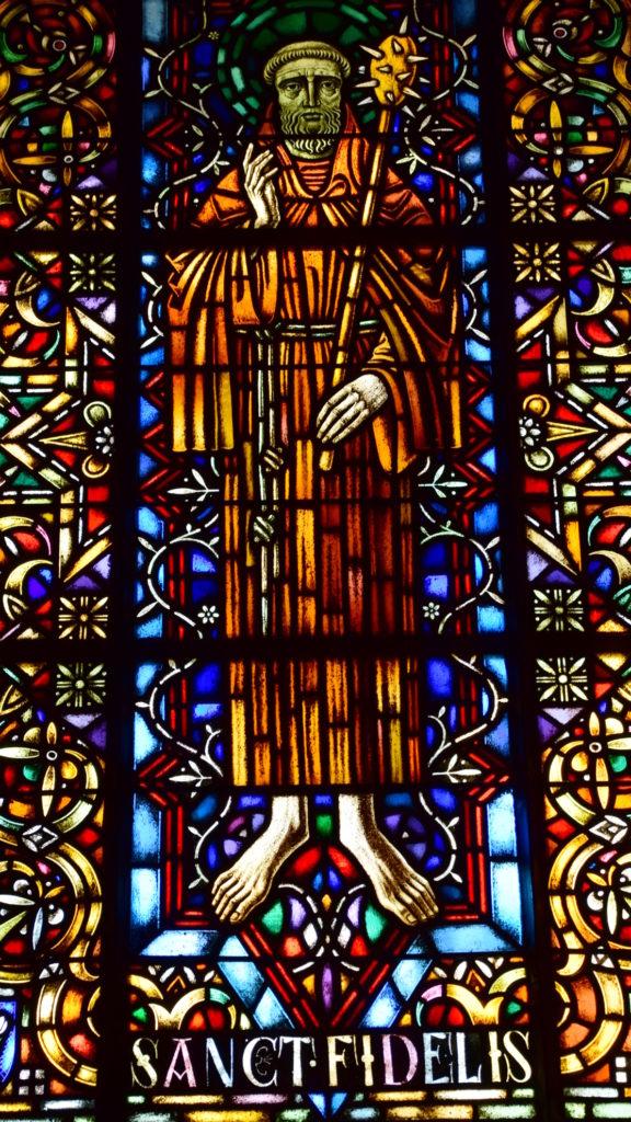 Heiliger Fidelis (Fenster der Kathedrale Chur)