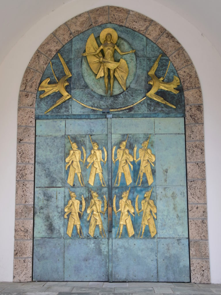 Tür zur Abtei, von aussen
